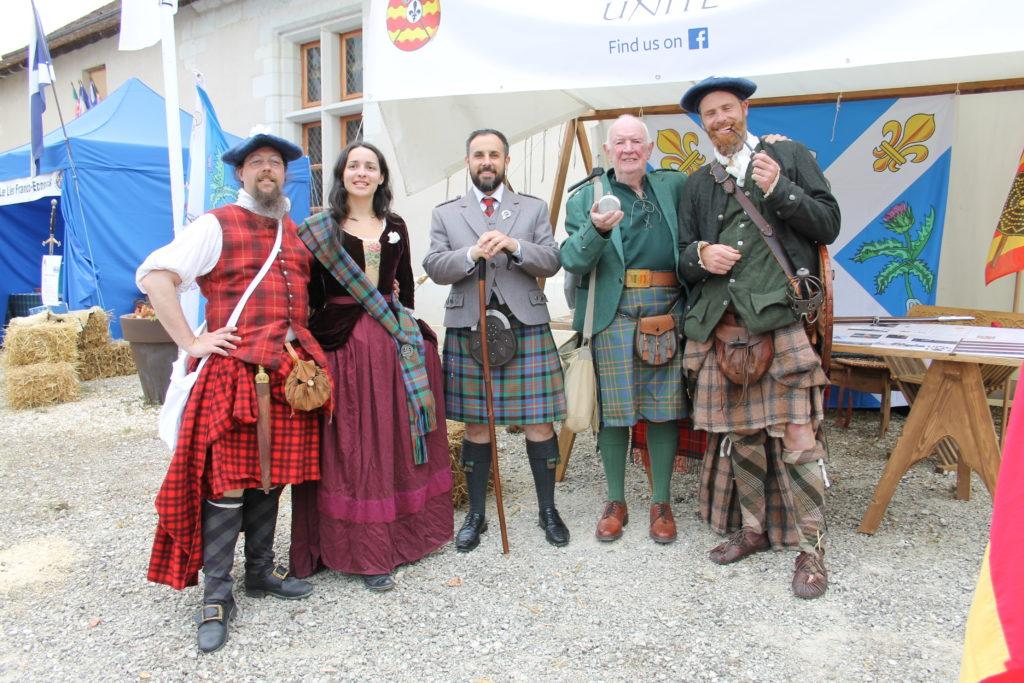 Membres du Clan Cameron Lors des Festivités de Chatillon sur Indre
