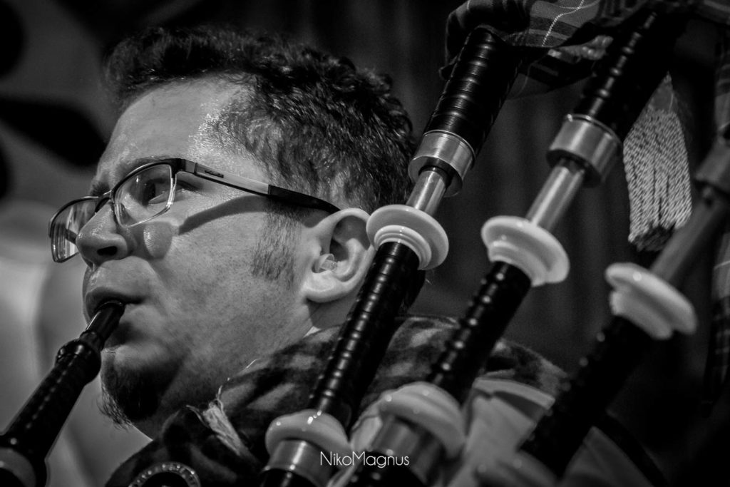 Guillaume, first piper du Clan Cameron France